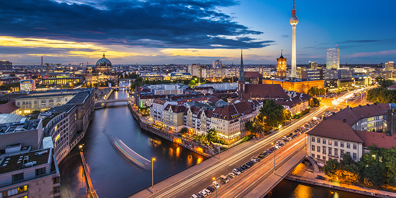 River_Berlin_shutterstock_158274821_800x400